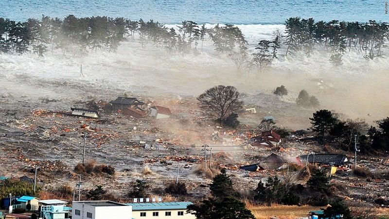 tsunamis essay