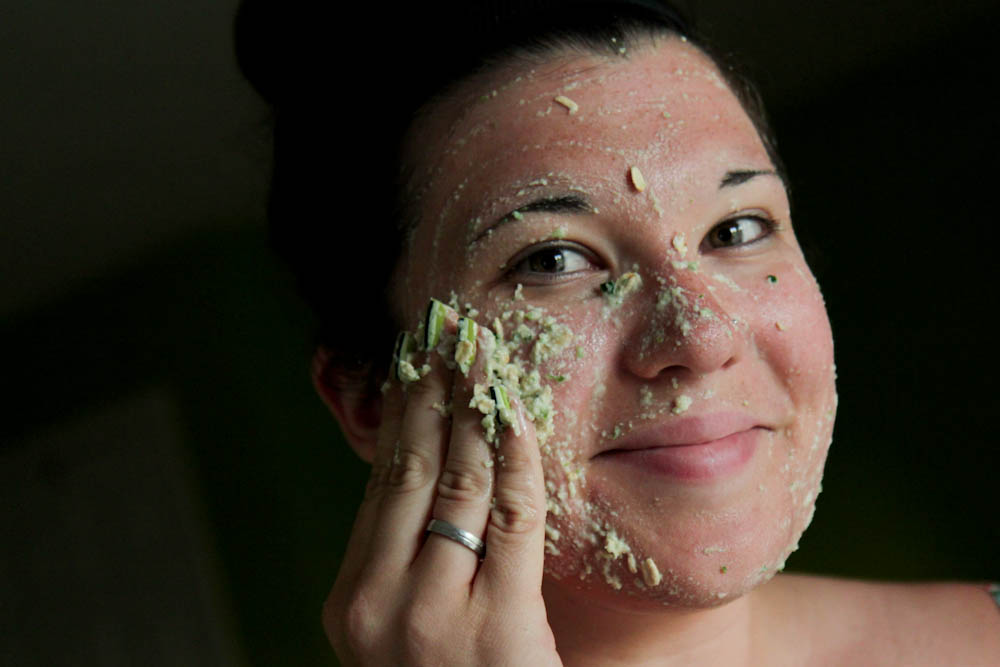 Oatmeal and egg facial mask