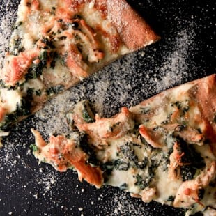 chicken spinach alfredo pizza