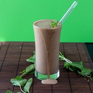 mint triple chocolate frozen yogurt shake