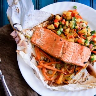 hard cider salmon and veggie packets with fresh peach salsa