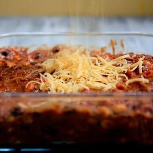 flaxbread chili-cheese bake