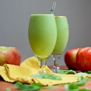 apple pie spinach smoothie