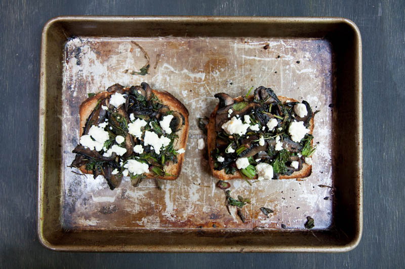 veggie toasts