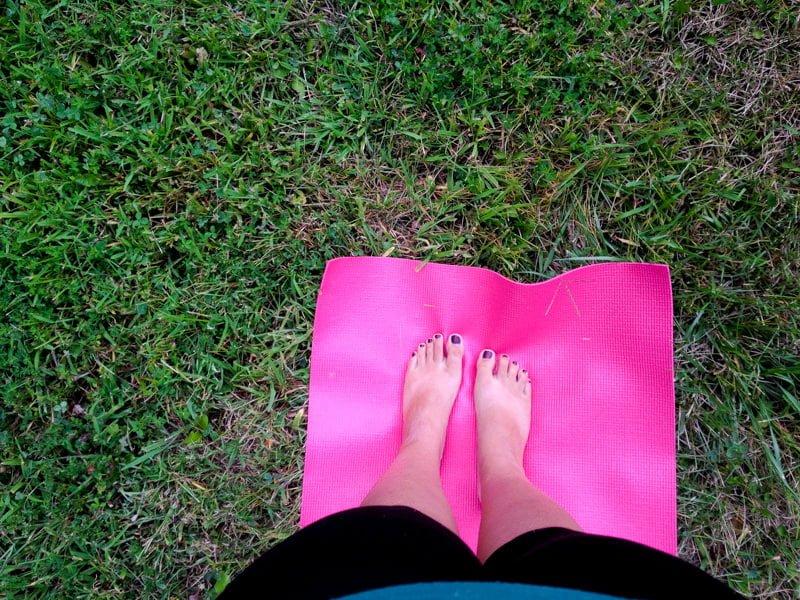 me feet yoga mat
