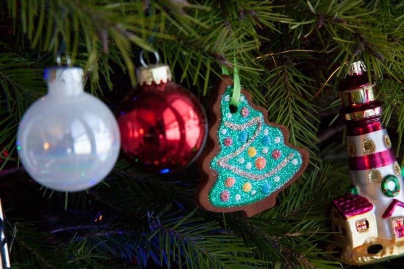 christmas ornament cinnamon