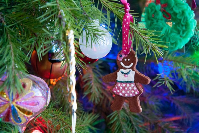 cinnamon ornament tree christmas