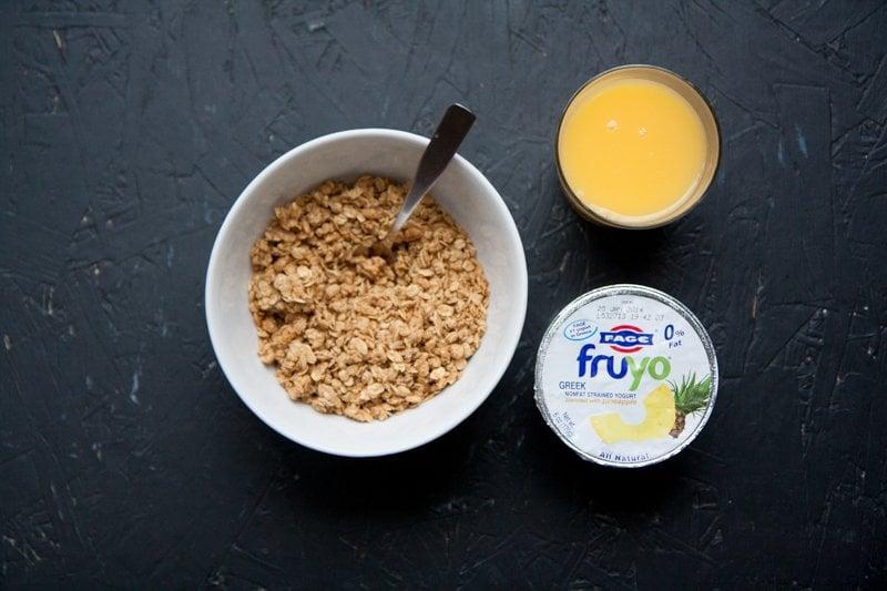 breakfast granola yogurt juice