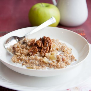 Apple-Date Steel Cut Oatmeal