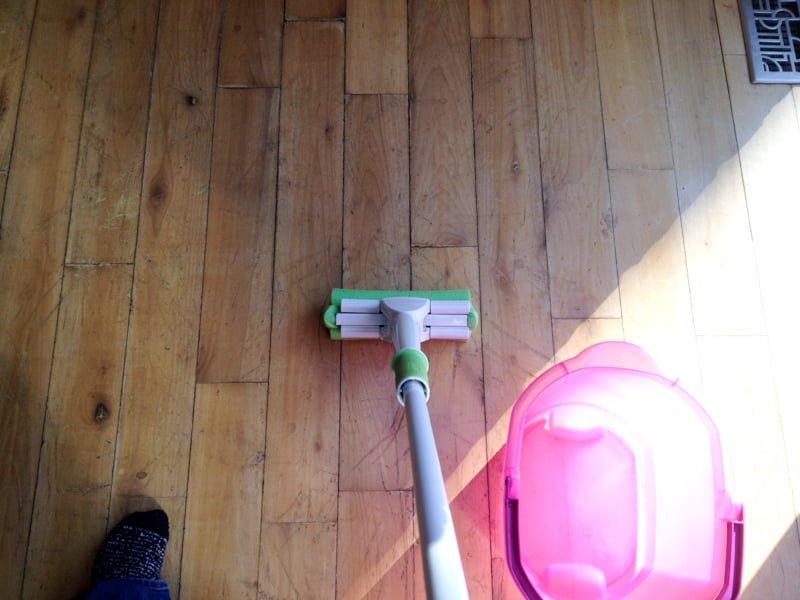 mop clean kitchen