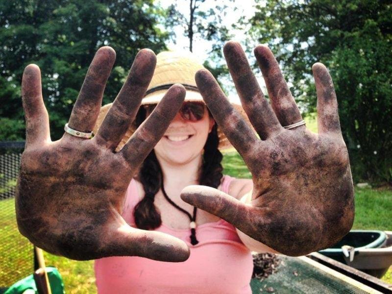 me compost hands garden