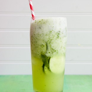 cucumber mojitos (boozy or not!)