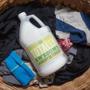 Homemade Borax-Free Laundry Detergent