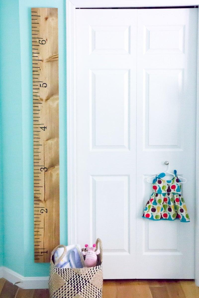 ruler nursery growth chart