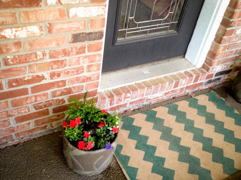 door rug porch