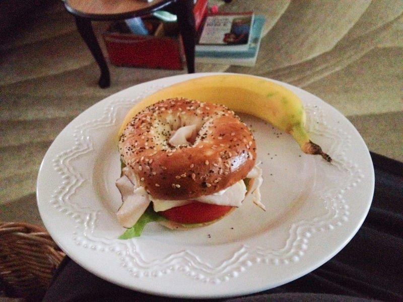 bagel banana