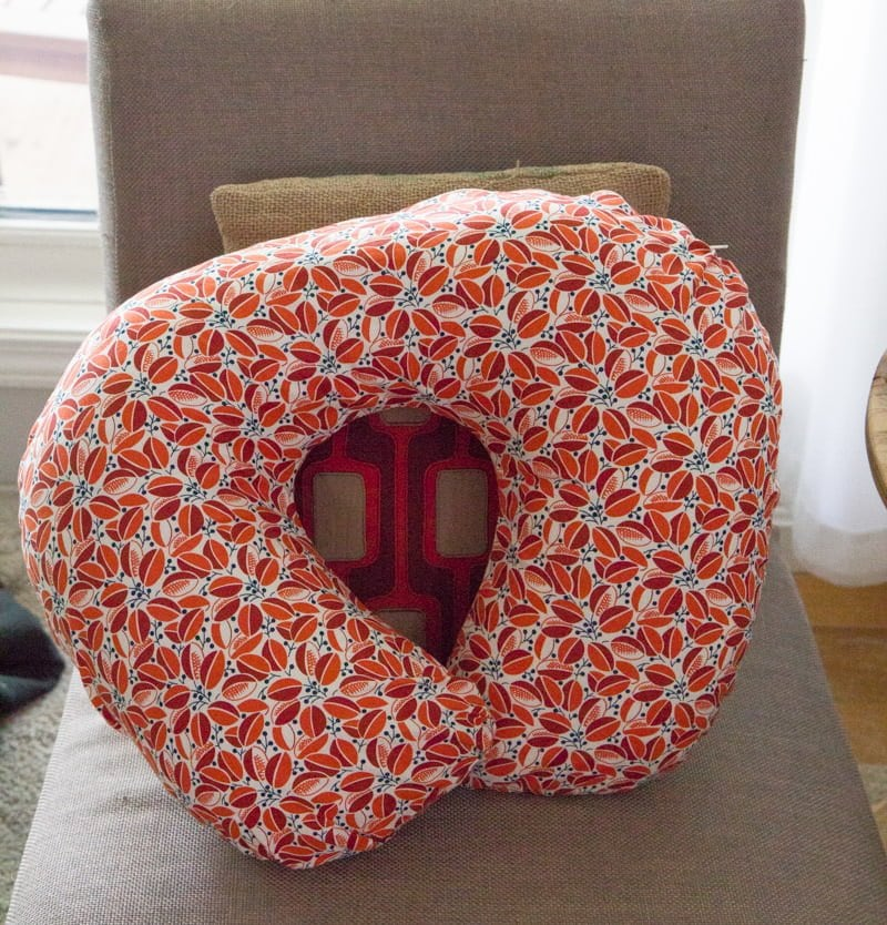 Tutorial: DIY Nursing Pillow and Slipcover - Wholefully