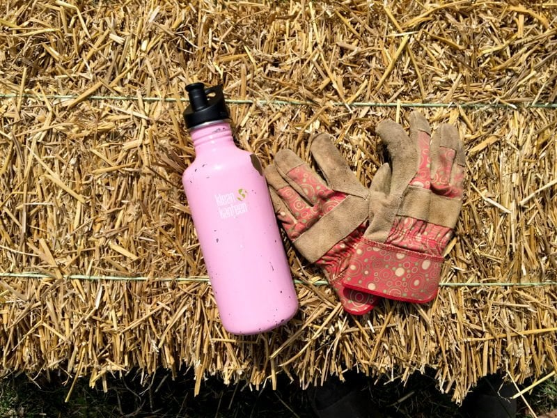 Garden: Water Bottle and Gloves