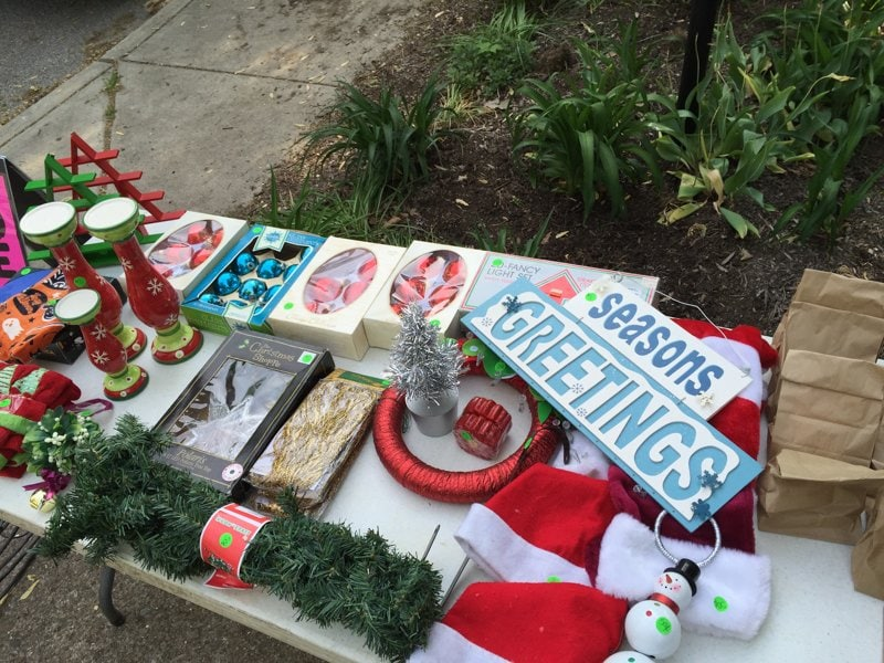 Yard sale tips tricks how we made 1549 for Christmas yard decorations for sale