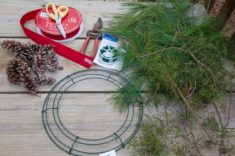 How to Make a Fresh Greenery Wreath