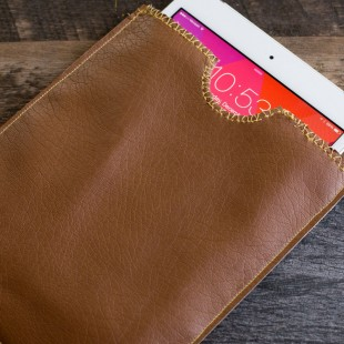 Simple DIY Leather iPad Sleeve