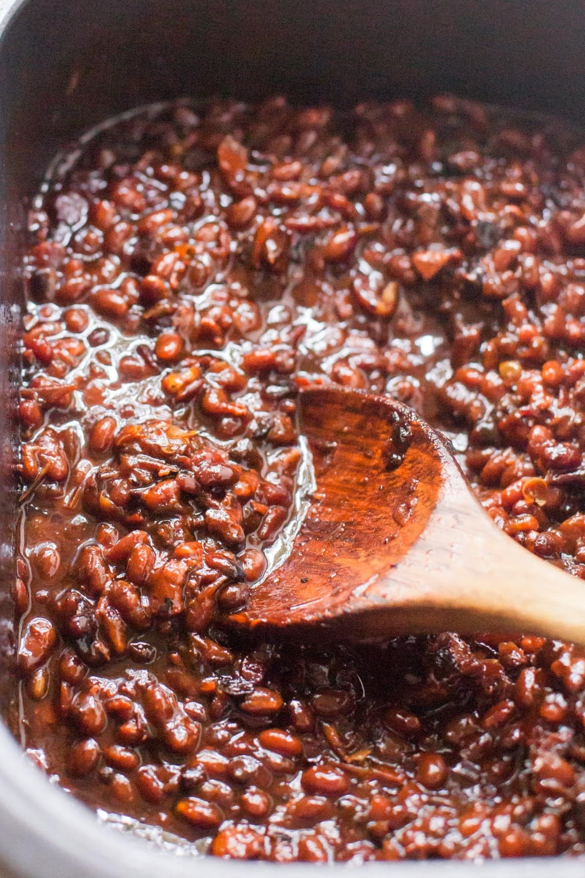 Slow Cooker Bacon Brown Sugar Baked Beans - Wholefully