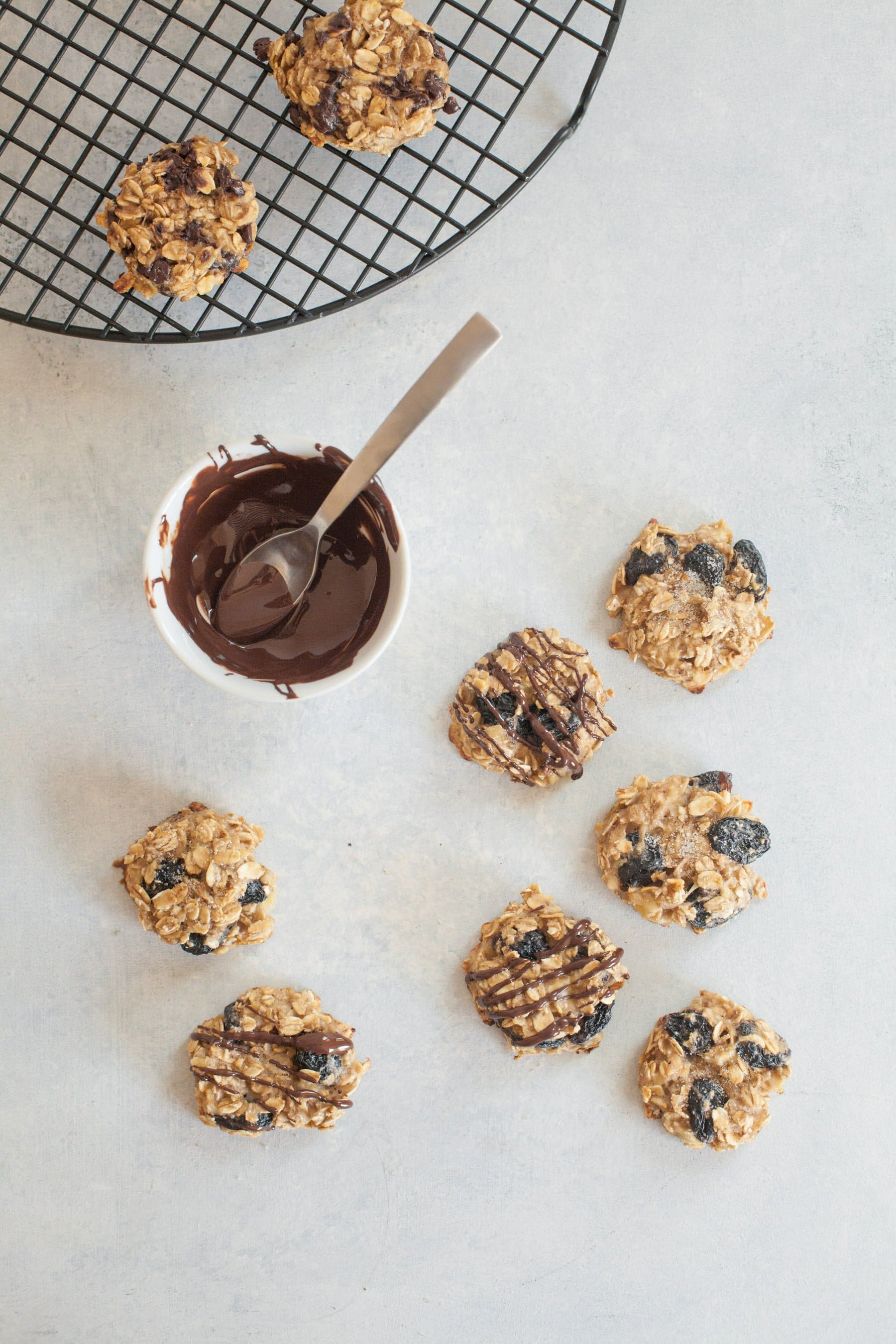 Three Ingredient Oatmeal Raisin Cookies